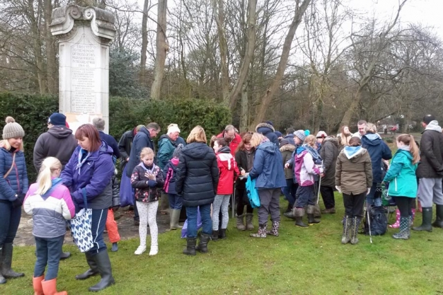 Meeting for Chesham Bois Common clean up