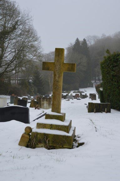 Chesham Bois Burial Ground - March 2018 snow scene