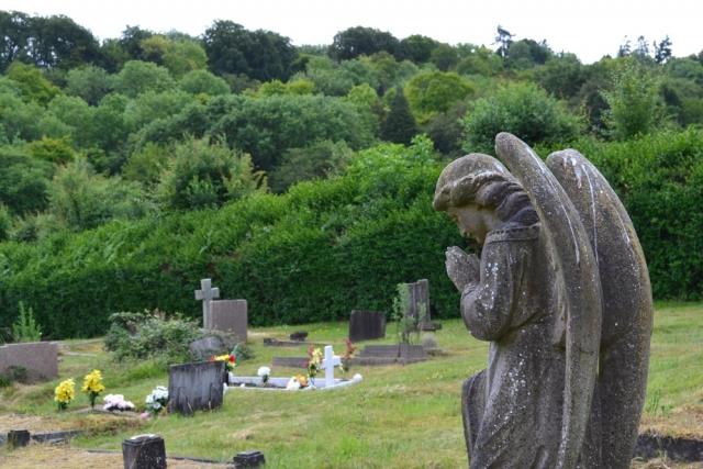 Chesham Bois Burial Ground - praying angel