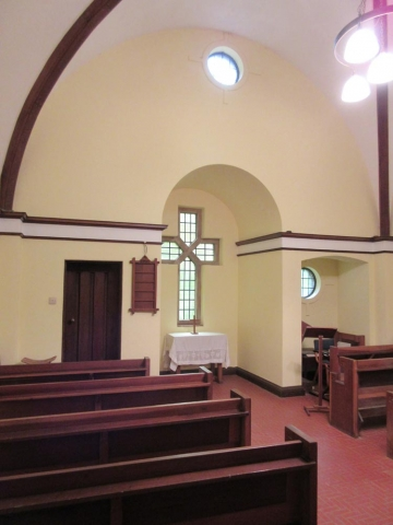 Chesham Bois Burial Ground - chapel interior