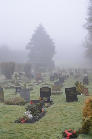 Foggy scene in Chesham Bois Burial Ground