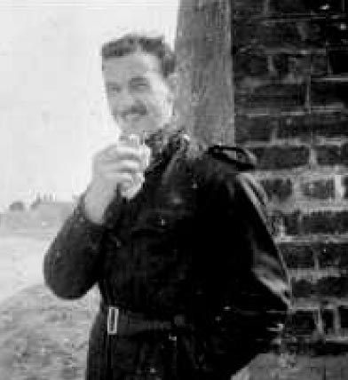 Photo of Pilot Officer Roy Ferdinand Frederick.