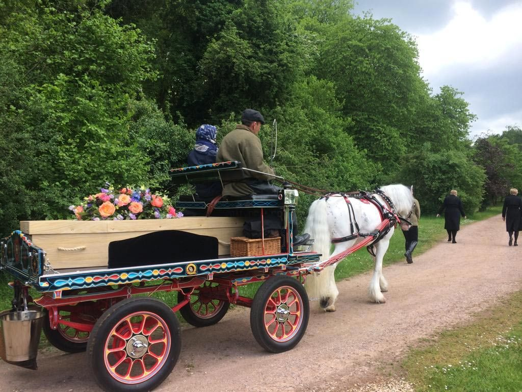 horse and cart transport for final journey to Chesham Bois burial ground